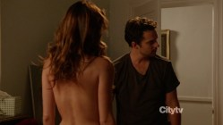 Lake Bell and Zooey Deschanel sexy stripping to nude back and bra - New Girl s1e4 hd720p