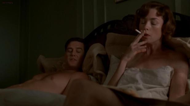 Julianne Nicholson nude side boob - Boardwalk Empire S02E09 hd720p
