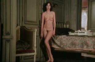 Sylvia Kristel nude full frontal and nude topless - Alice ou la derniere fugue (1977)
