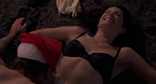 "Lauren Graham sexy in ""Bad Santa"" (2003) hd1080p"
