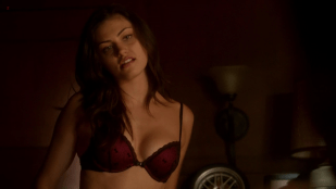 Phoebe Tonkin hot in lingerie and sex - The Secret Circle s1e14 hd720p