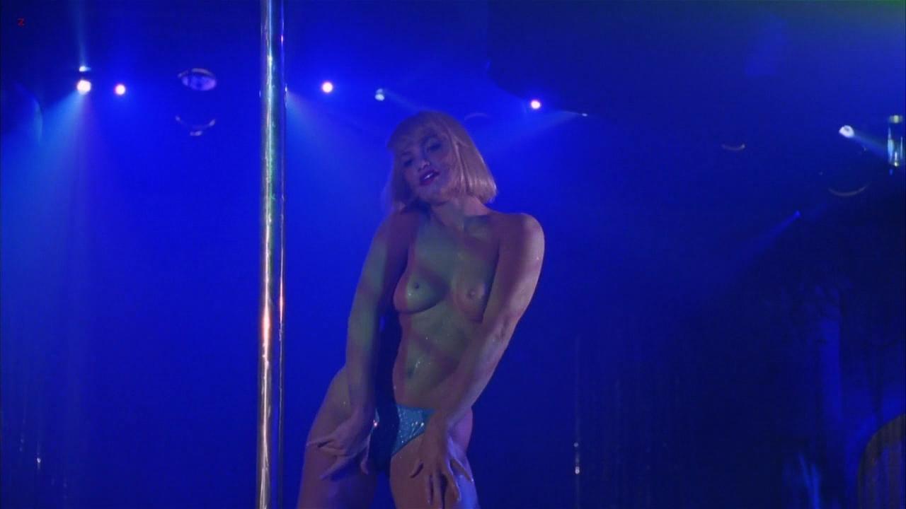 Demi moore ultra sexy striptease gifs