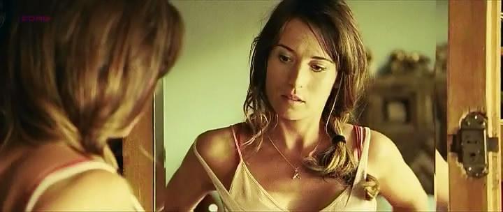 Marta Etura nude brief topless and see through - Mientras duermes aka Sleep Tight (2011) hd1080p (14)