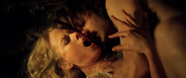 Nicole Kidman nude butt and sex Melora Walters naked sex - Cold Mountain (2003) HD 1080p (10)