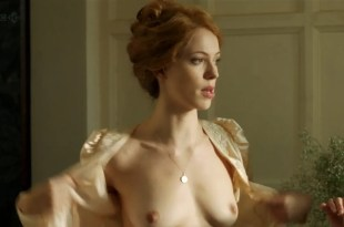 Rebecca Hall nude topless – Parade's End s01e02 hd720p