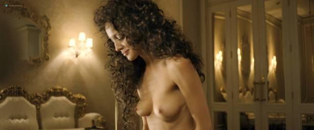 Bojana Novakovic nude topless, Rachel Griffiths and Kate Beahan all nude - Burning Man (AU-2011) HD 1080p BluRay (7)