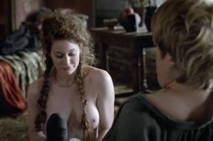 Esme Bianco nude topless – Game of Thrones s1e1 hd1080p