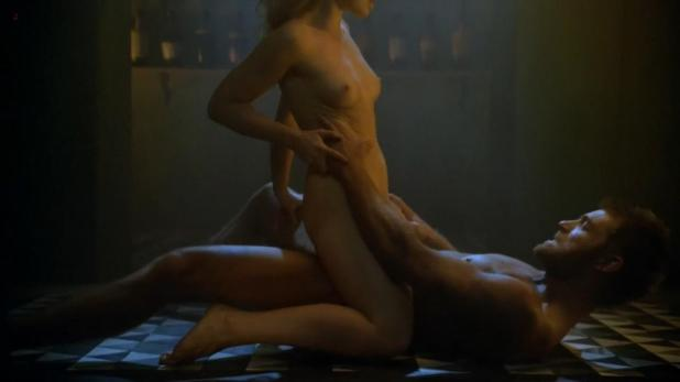 Anna Hutchison naked in Spartacus s3e8 hd720p video edit 1