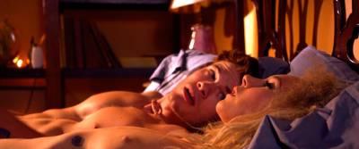 Juno Temple nude sex Haley Bennett, Roxane Mesquida nude lesbian - Kaboom (2010) HD 1080p (12)