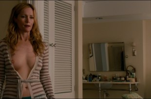 Leslie Mann nude topless and Megan Fox hot and sexy in – This Is 40 (2012) hd1080p