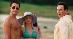 Mena Suvari hot and sexy in bikini - American Reunion (2012) hd1080p