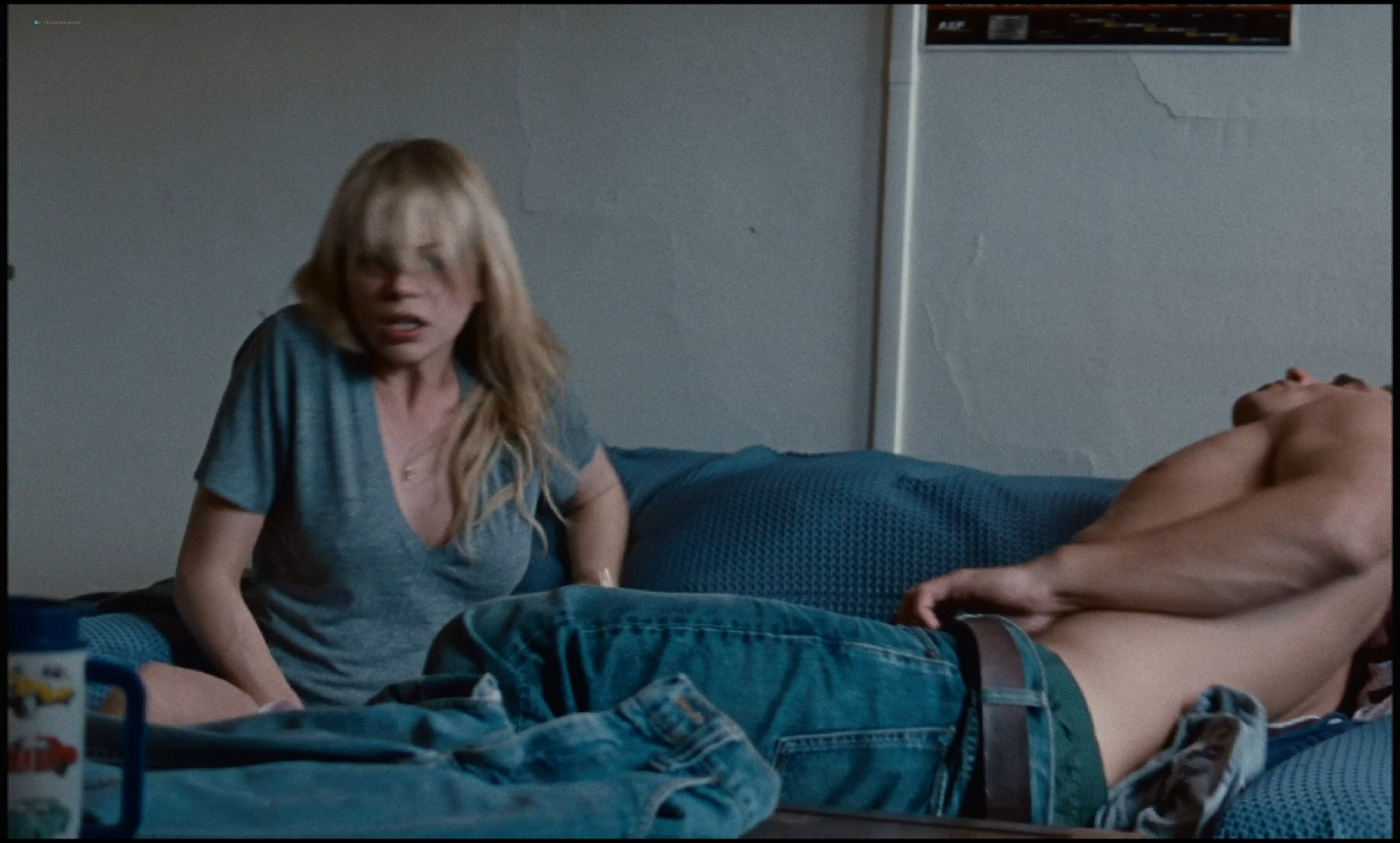 Michelle Williams nude topless and some hot sex - Blue Valentine HD 1080p BluRay REMUX (19)