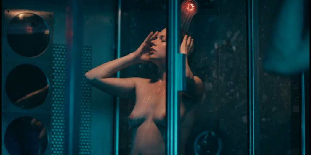 Michelle Williams nude topless and some hot sex - Blue Valentine HD 1080p BluRay REMUX (14)