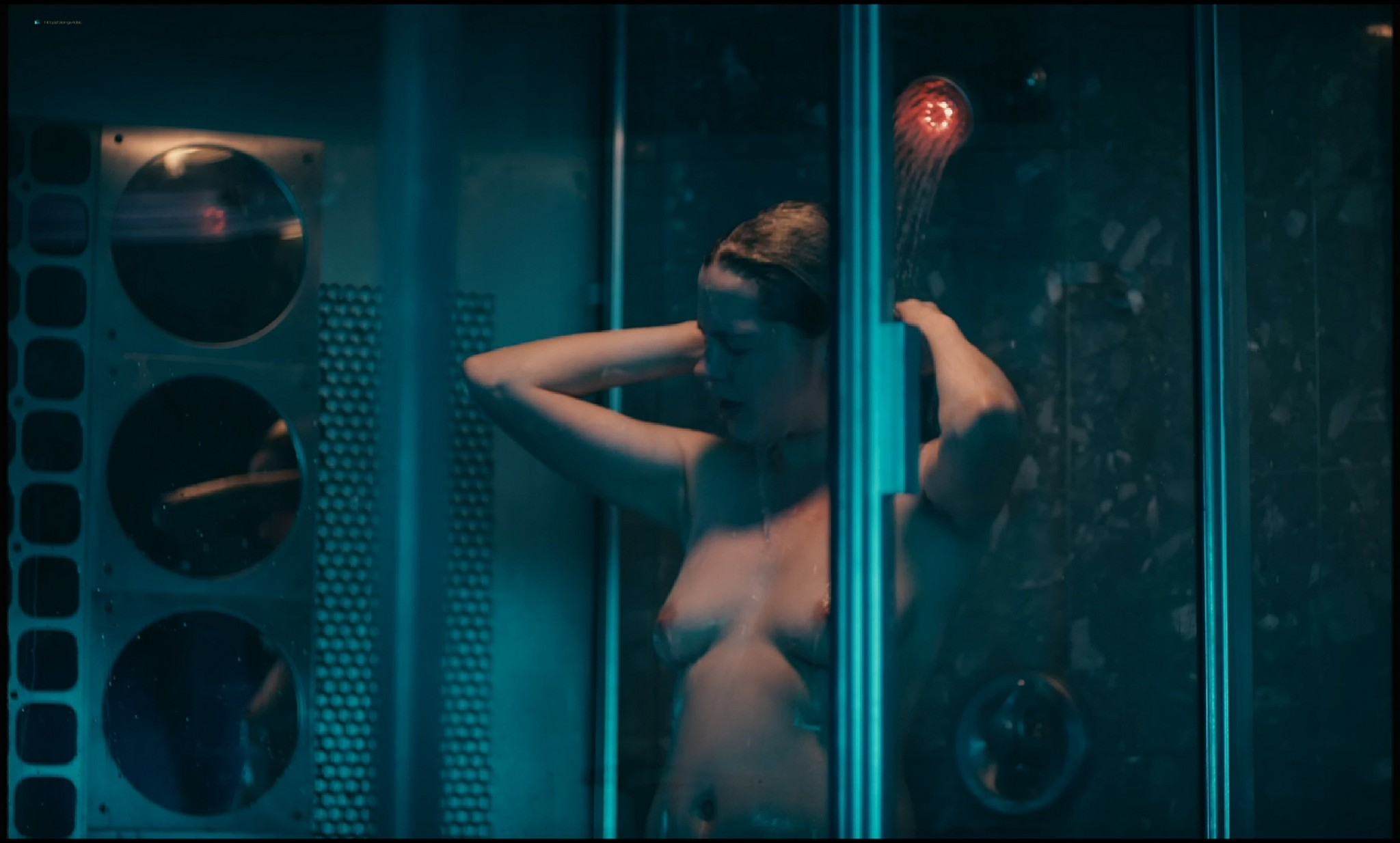 Michelle Williams nude topless and some hot sex - Blue Valentine HD 1080p BluRay REMUX (13)