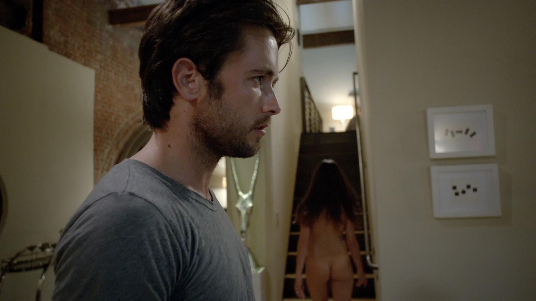 Stephanie Fantauzzi butt naked and topless - Shameless s3e7 (2013) HD 1080p (2)