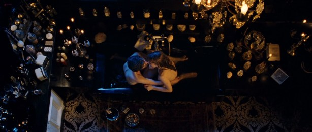 Laetitia Casta nude topless, Lucy Gordon hot, Ophélia Kolb nude - Gainsbourg Vie heroique (FR- 2010) hd1080p (22)