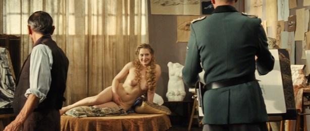 Laetitia Casta nude topless, Lucy Gordon hot, Ophélia Kolb nude - Gainsbourg Vie heroique (FR- 2010) hd1080p (36)