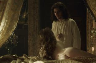 Holliday Grainger nude butt crack and nipple – The Borgias (2013) s3e2 hd720p