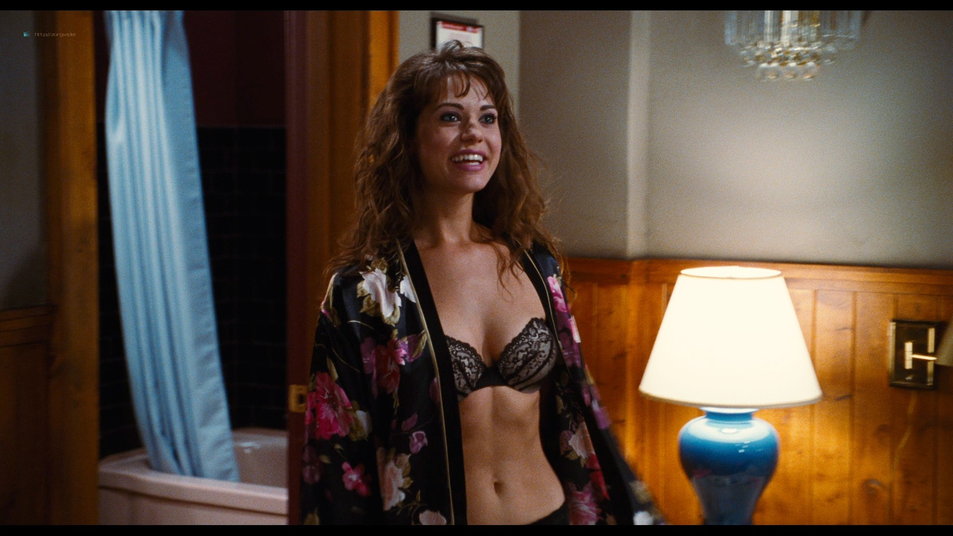 Jessica Pare nude Crystal Lowe topless Lyndsy Fonseca hot and sexy - Hot Tub Time Machine (2010) HD 1080p BluRay REMUX (20)