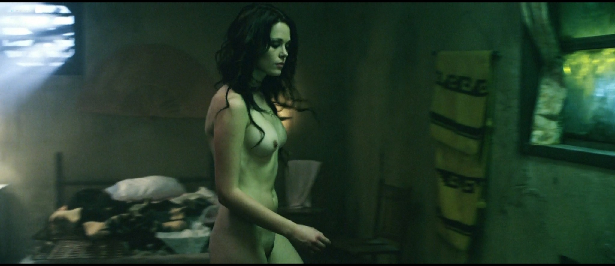 Katia Winter full frontal naked in - Arena (2010) HD 1080p WEb (7)