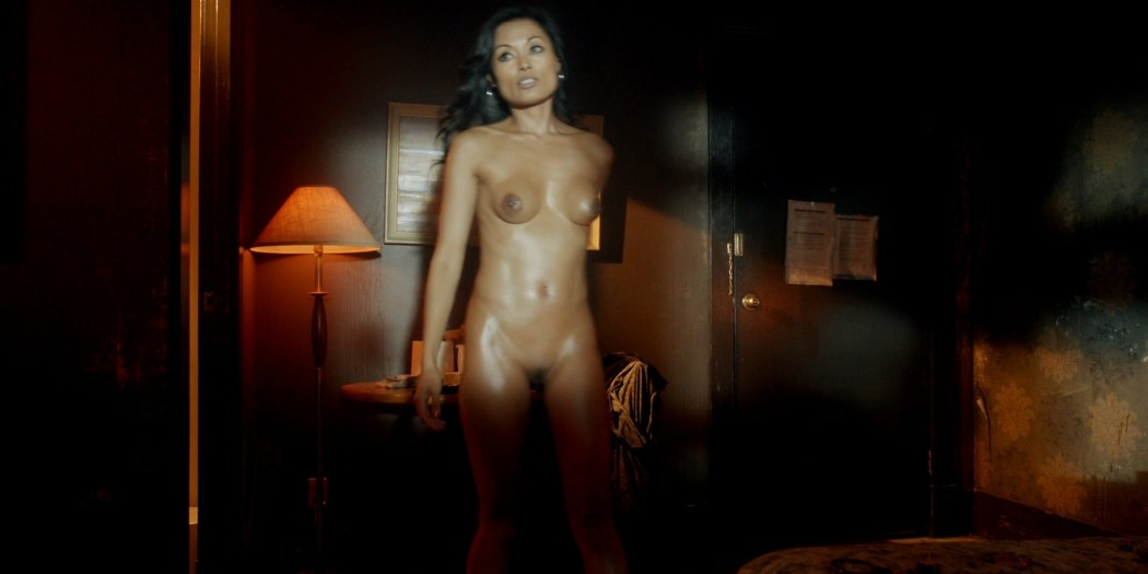 Kira Clavell nude full frontal Leah Gibson nude sex - Rogue (2013) s1e3 HD 1080p (4)