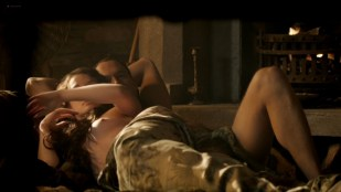 Laura Haddock nude topless and a bit of butt - Da Vinci's Demons (2013) s1e2 HD 1080p