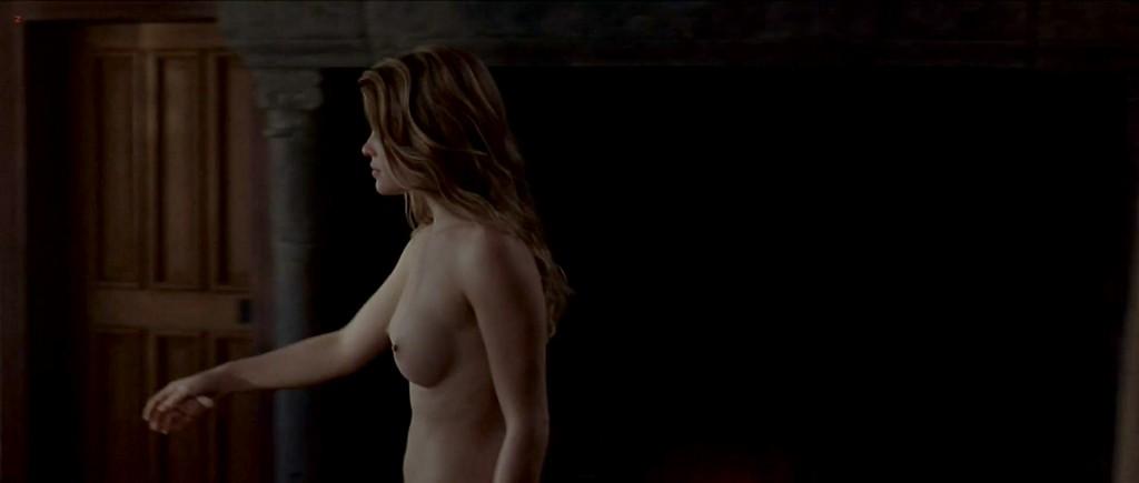 Melanie Thierry nude topless - La princesse de Montpensier (2010) hd1080p (1)