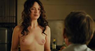 Sara Forestier naked and full frontal nude and topless - Le nom des gens (2010) hd720p