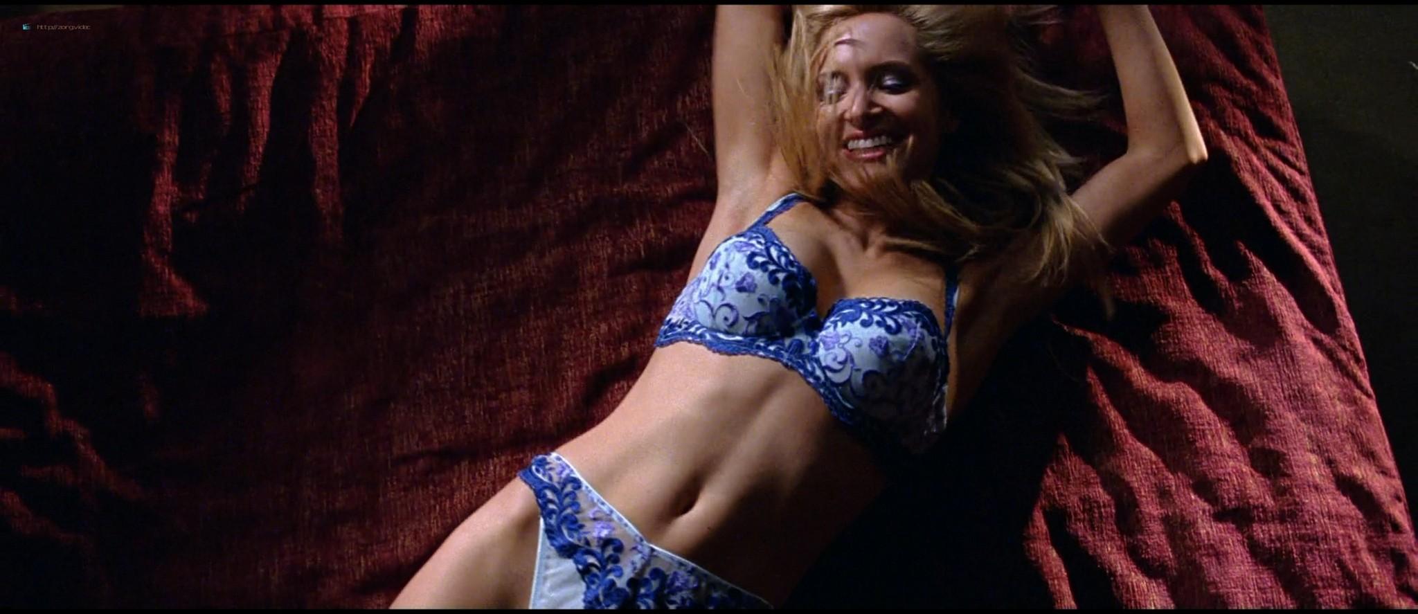 Diora Baird nude topless huge boobs others nude too - Wedding Crashers (2005) HD 1080p BluRay (16)