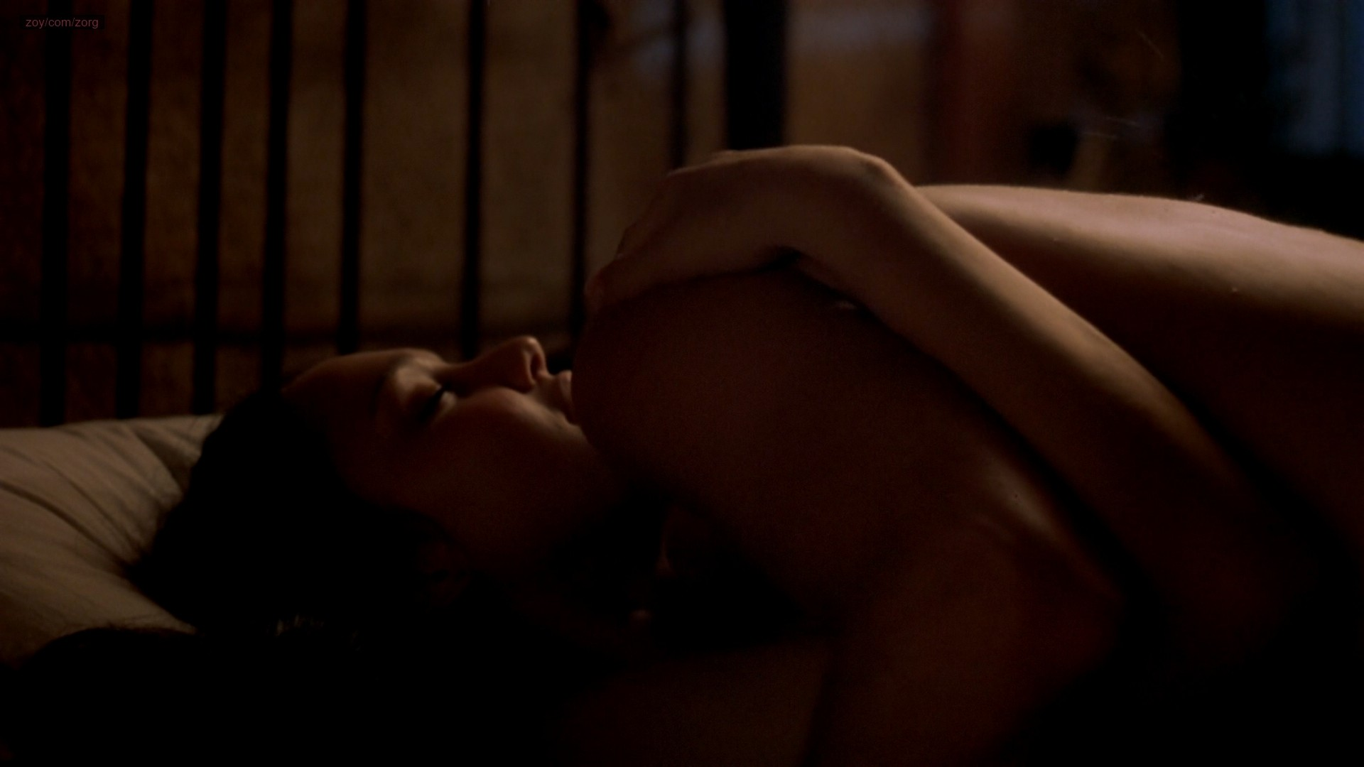 Emily Mortimer nude topless and Jessica Alba not nude hot and sexy - The Sleeping Dictionary (2003) HD 1080p (9)