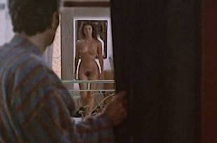 Mathilda May full frontal nude – La Passerelle (FR-1988)