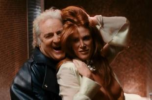 Angie Everhart naked topless sex oral – Take Me Home Tonight (2011) hd1080p