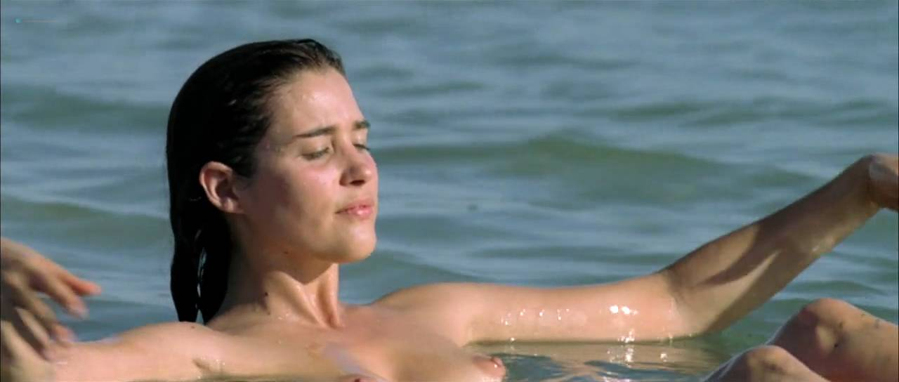 Vahina Giocante nude bush, boobs while skinny dipping - Paradise Cruise (FR-2013) HDTV 720p (7)