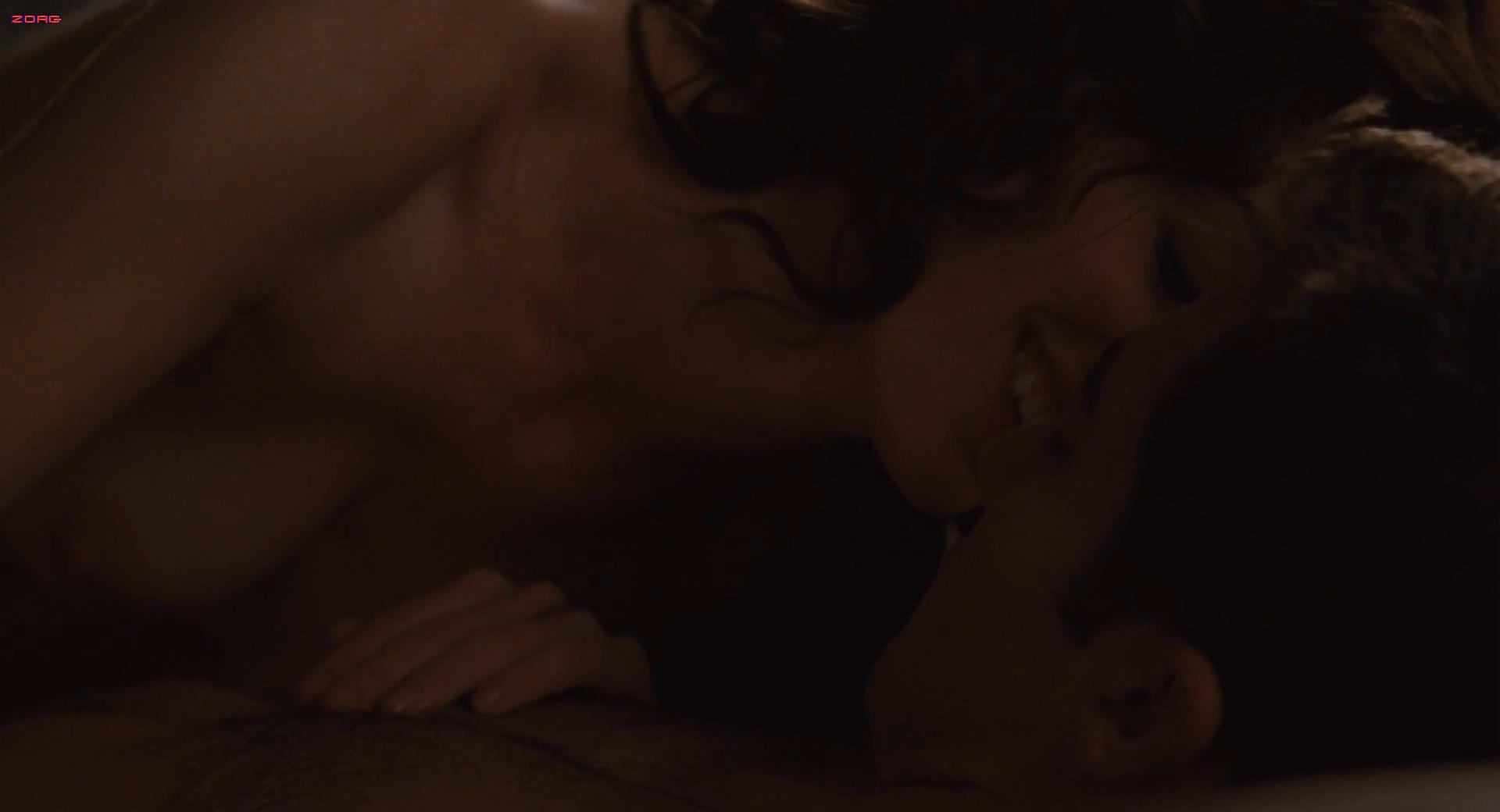 Anne Hathaway nude topless sex - Love and other drugs (2010) hd1080p
