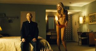Olga Kurylenko hot Abbie Cornish see through and Christine Marzano nude – Seven Psychopaths (2012) HD 1080p (4)