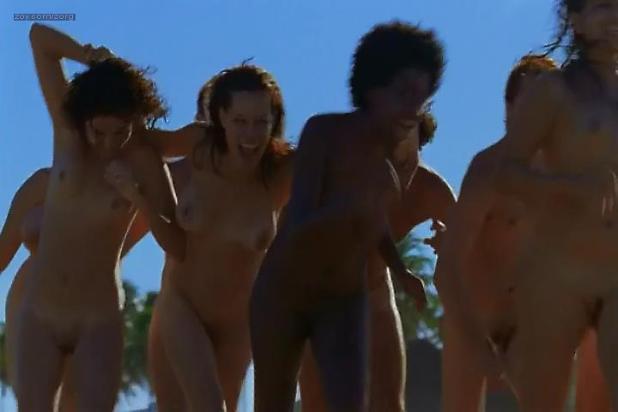 Hermila Guedes nude sex near explicit- Era Uma Vez Eu Veronica (BR-2012)