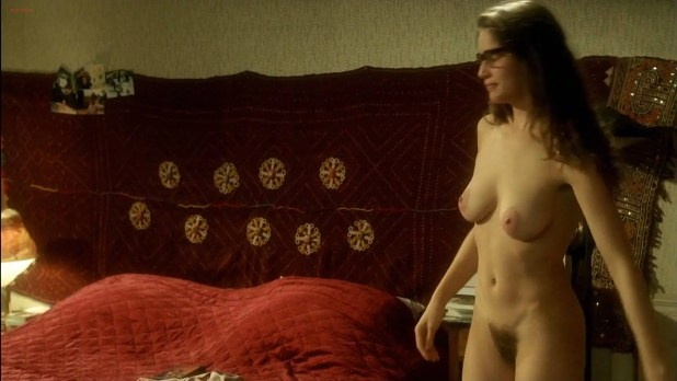 Laetitia Casta nude full frontal - Le Grand Appartement (FR-2006) hd1080p (10)