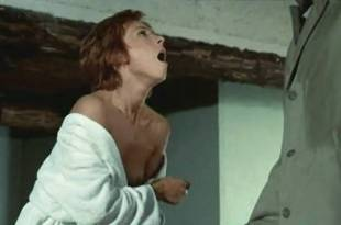 Marlene Jobert nude butt and nipple slip – Le Passager de la pluie (FR-1970)