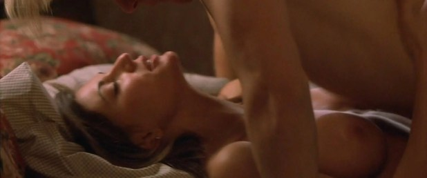 Cerina Vincent nude topless and sex - Cabin Fever (2002) hd1080p (11)