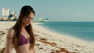Willa Holland hot and gorgeous beauty - Tiger Eyes (2012) HD 1080p