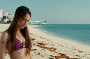 Willa Holland hot and gorgeous beauty - Tiger Eyes (2012) HD 1080p (3)