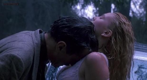 Drew Barrymore nude topless and sex outdoor - Poison Ivy (1992)