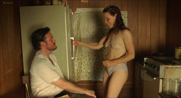 Marisa Tomei nude topless and sex and Lili Taylor sex and see through - Factotum (2005) (13)