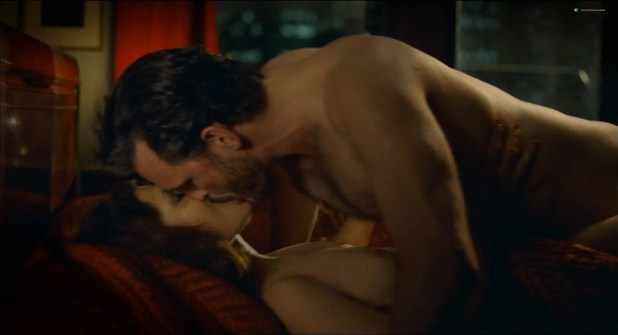 Marisa Tomei nude topless and sex and Lili Taylor sex and see through - Factotum (2005) (9)