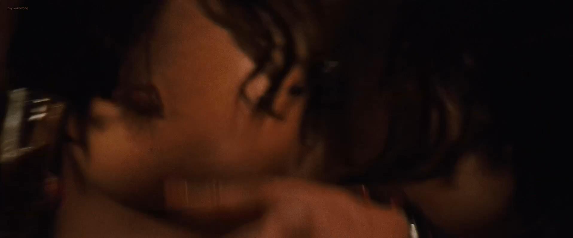 Paula Patton Nude Topless And Hot While Riding Denzel Washington - 2 -5767