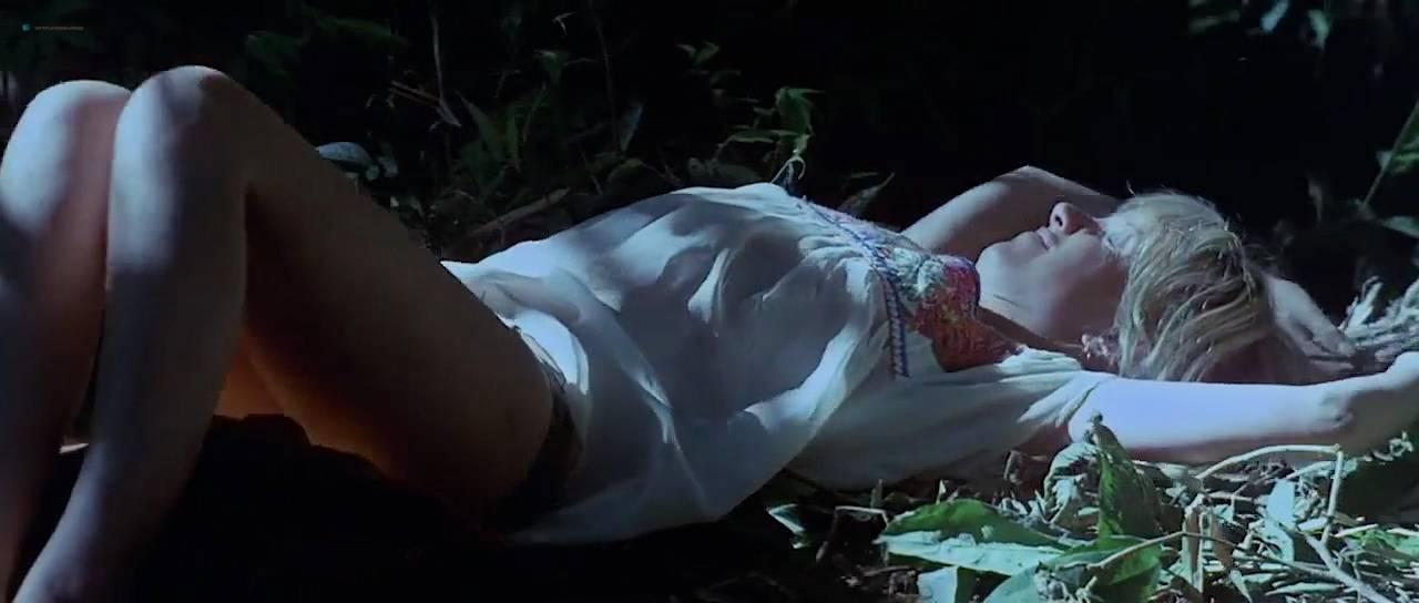 Valérie Lagrange  nackt