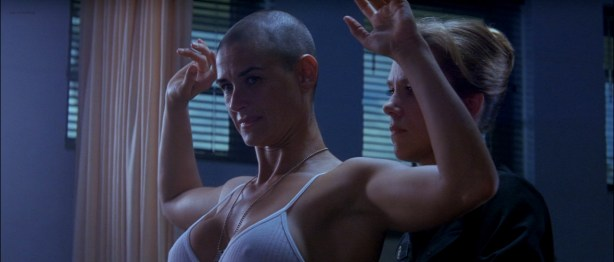 Demi Moore nude in the shower - G I Jane (1997) hd1080p (4)
