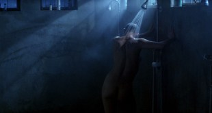 Demi Moore nude in the shower - G I Jane (1997) hd1080p (2)
