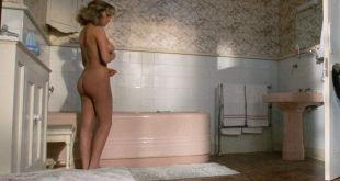 Elisabeth Shue nude in the shower but body double by Jayne Grosvenor - Link (1986) HD 1080p BluRay (3)