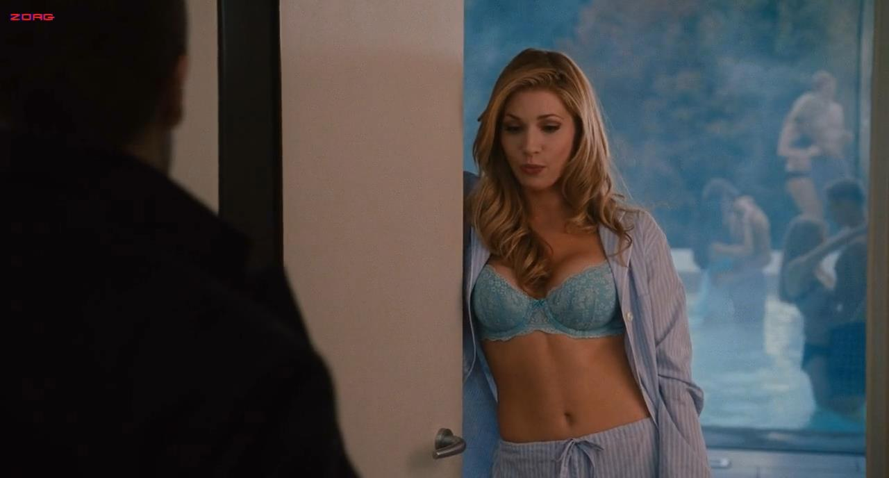 Katheryn Winnick hot and sexy in bra - Love and other drugs HD720p (2010)